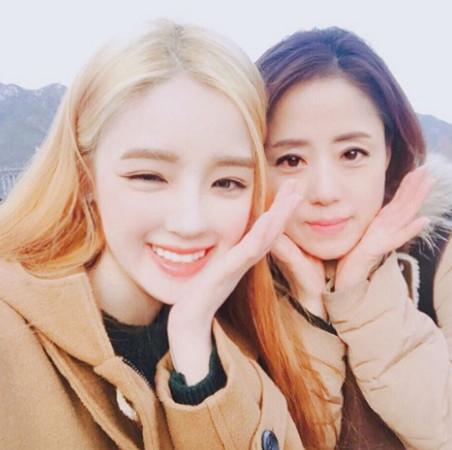 南韓母女檔